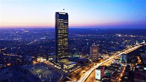 برج یاقوت کبود یا سافیره استانبول