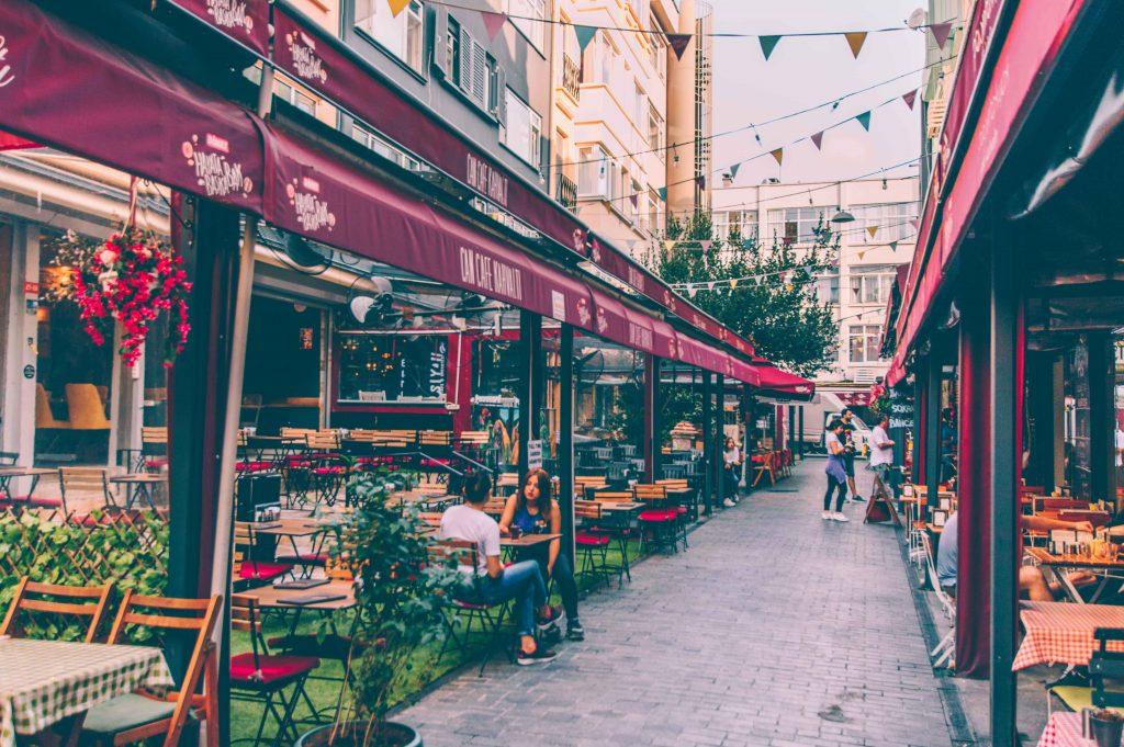 خیابانی در استانبول